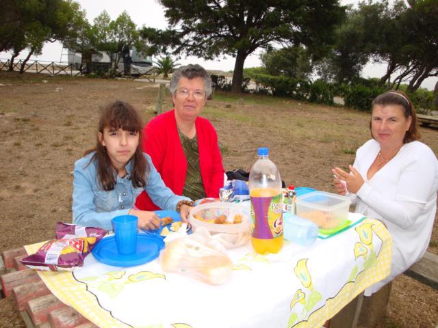 Esta a ver fotografias da seguinte categoria PASSEIO DA IGREJA 2011